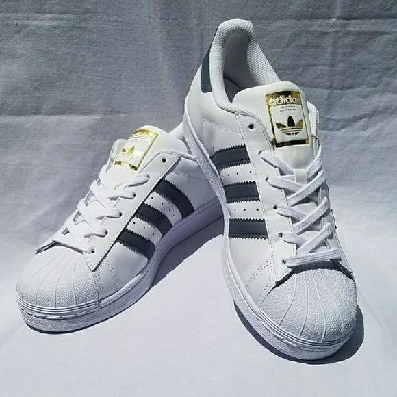 b9ba00583a743 NIB Adidas Superstar Fashion Sneakers